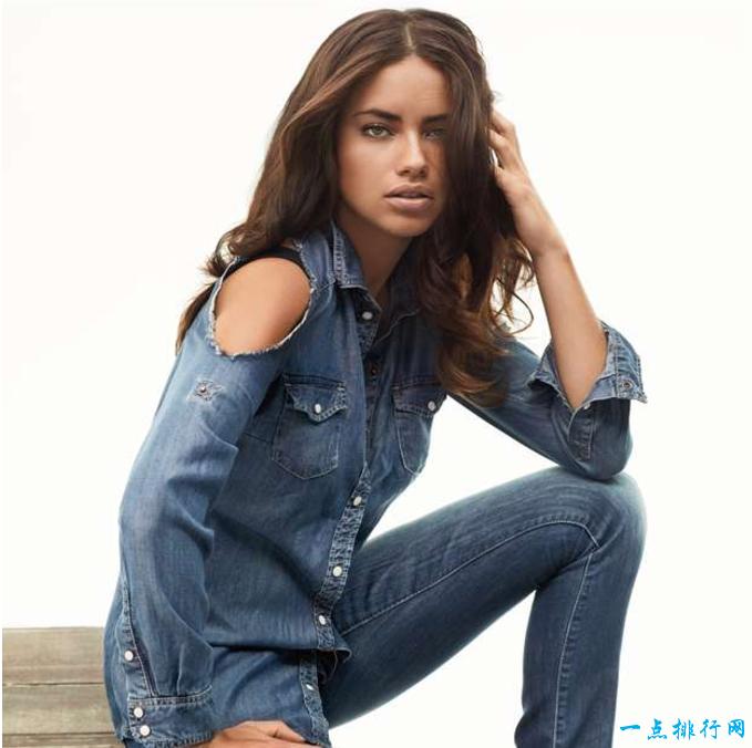 世界十大最美丽性感的模特:阿德里亚娜・利马