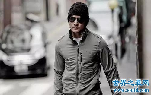 中国最帅的人,不光有气质还有才华